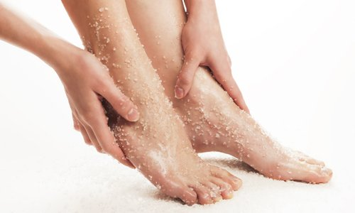 Foot Massage with Scrub